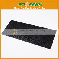 Plastic comb foundation sheet for bee hive frames