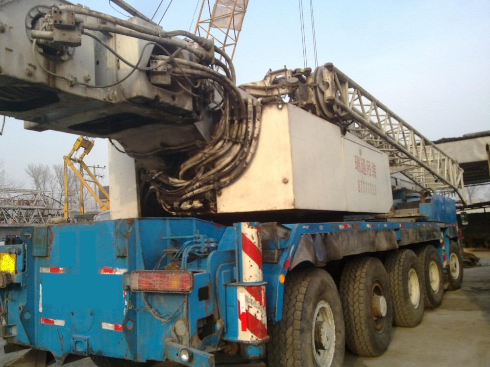 used 120 ton Liebherr mobile crane , Liebherr truck crane for sale, competitive price