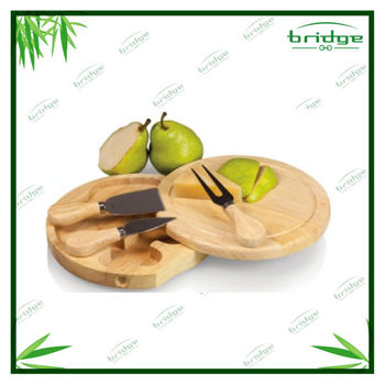 2014 hot sale healthy with cheese knife set bamboo cheese cutting board
