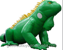 giant inflatable iguana for advertising