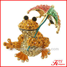 Frog And Umbrella Enamel Brooch Pins For Little Girl