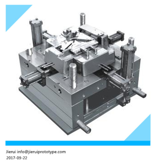 Multi-cavity plastic injection molds for food containers