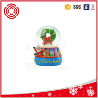 promotional glass snow globe with wreath and santa,christmas gift