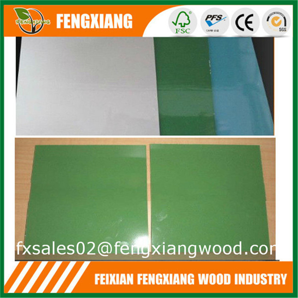 Linyi Factory Solid Color Polyester Overlay Plywood