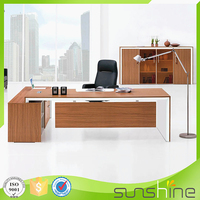 Best price 2016 modern executive desk office table design MFC board with panel modesty