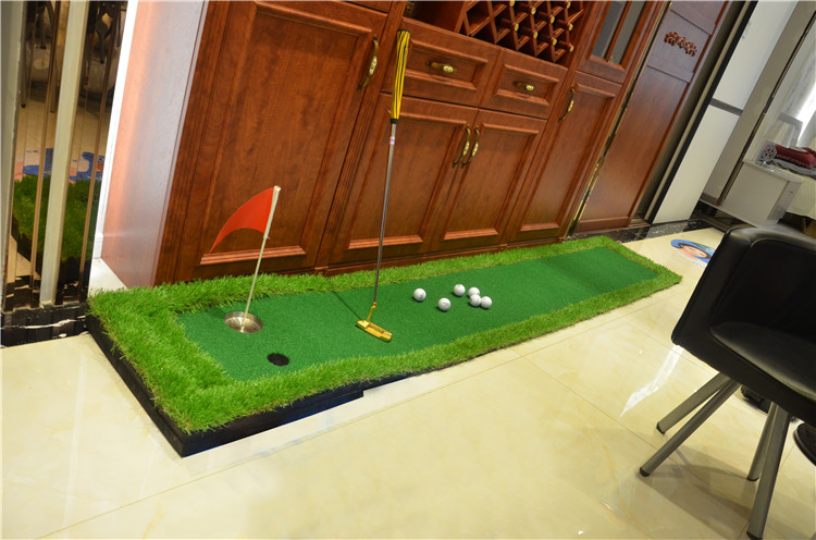 Factory Direct Sell Outdoor and indoor grand Golf Putting Green , Golf Putter Trainer , 0.5*3m Golf Training Mat