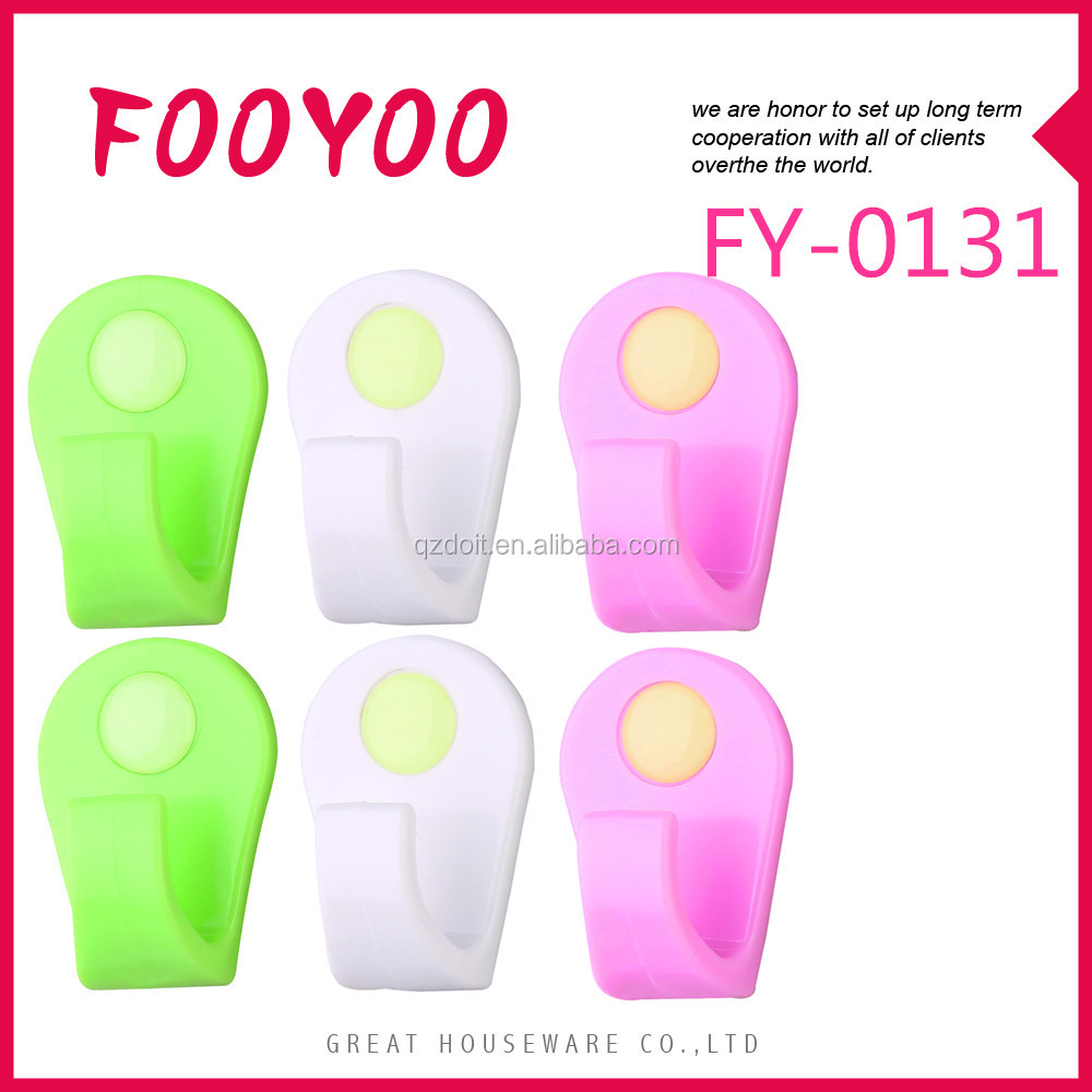 FOOYOO FY-0131 PLASTIC ADHESIVE DECORATIVE WALL CLOTHES HANGER HOOKS