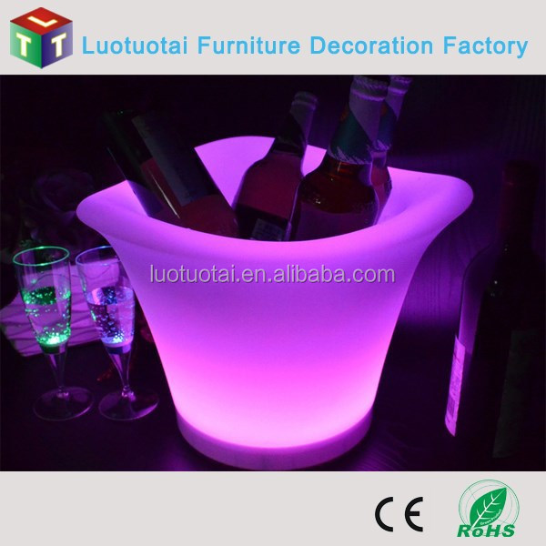 Garden Plastic Flashing Colorful LED Lighted Ice Bucket