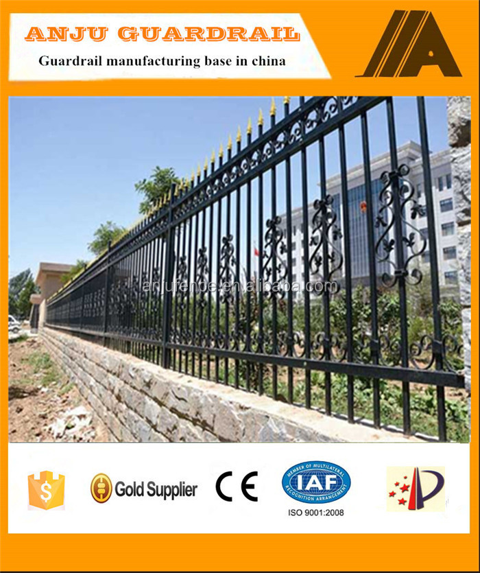DK-020 pvc coated ornamental spear top protective game fence