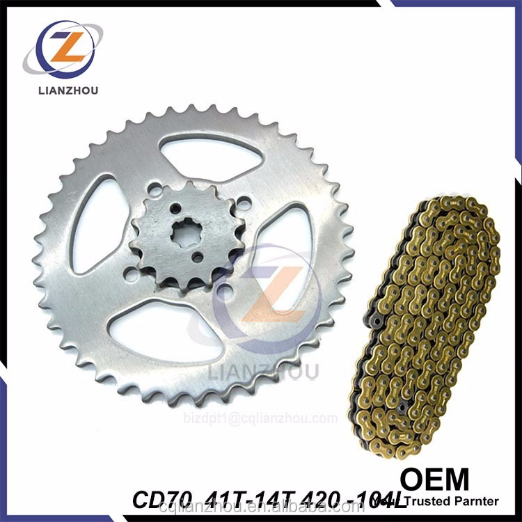 Long working life roller chain attachments