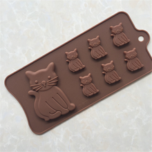 LFGB FDA personalized silicone ice cube tray in cat shape