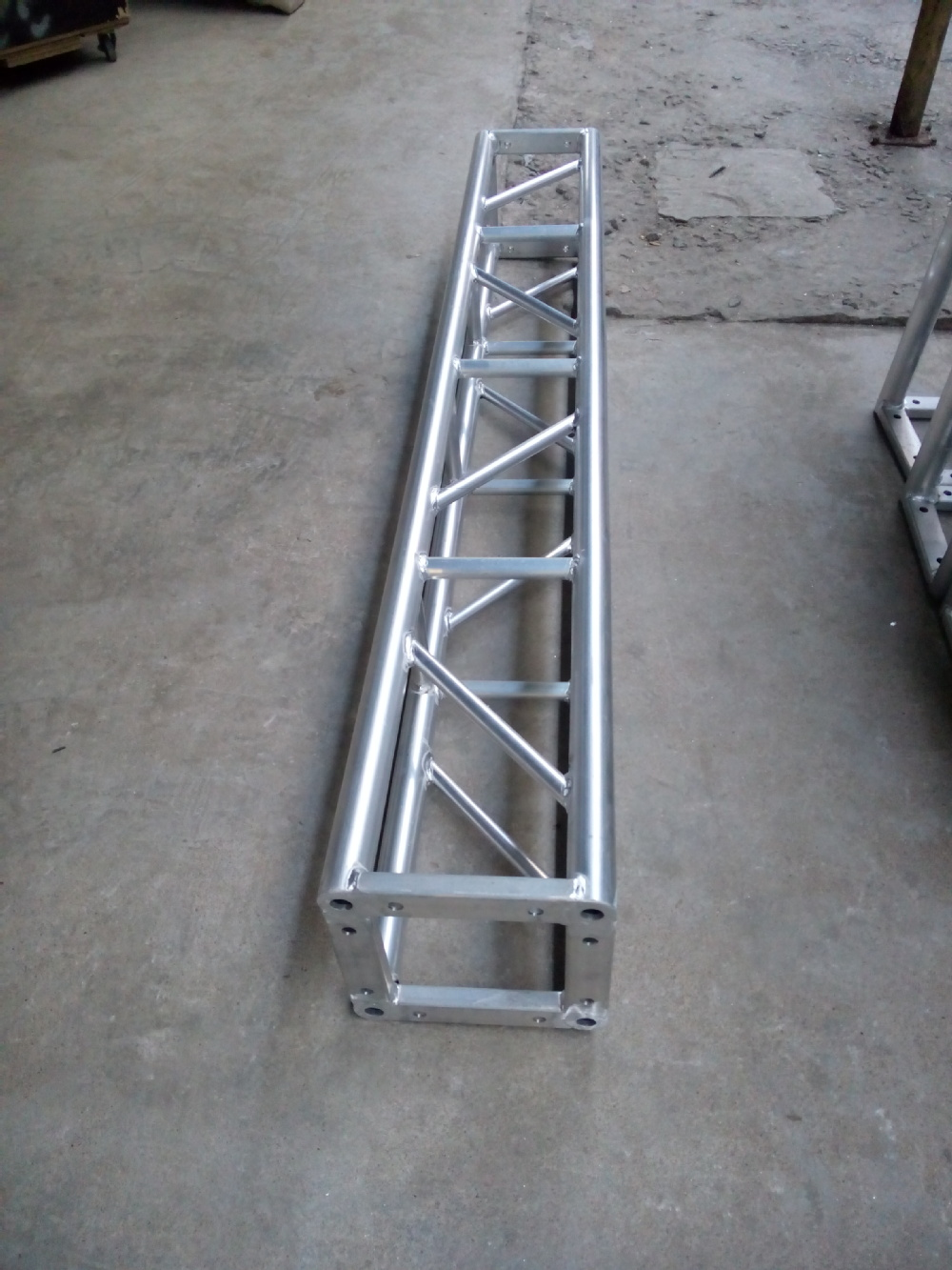 Aluminum alloy 6082-T6 300*300mm 2m Bolt Truss Screw Truss Stage Truss