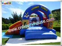 Hot selling looney tunes inflatable bounce with slide com-290