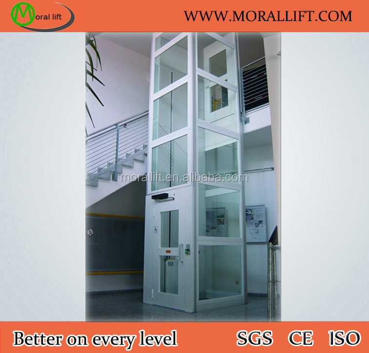 Hydraulic handicapped elevator with chain