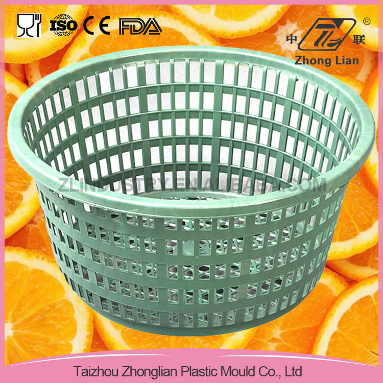 2016 new-design good offer small storage baskets with holes