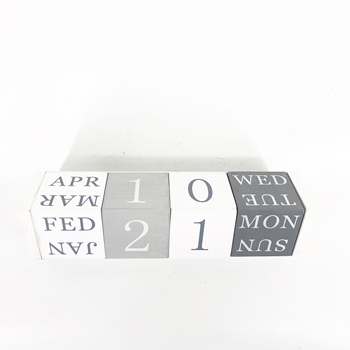 2019  New design wooden table block creative calendar