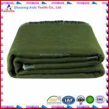 China Factory supply 100 Polyester Green Military Blanket Heavy Polar Fleece Blanket Recycled Material Army Military Blanket
