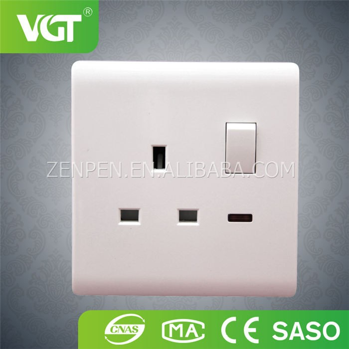 13A British wholesale 3pin electrical power switch socket