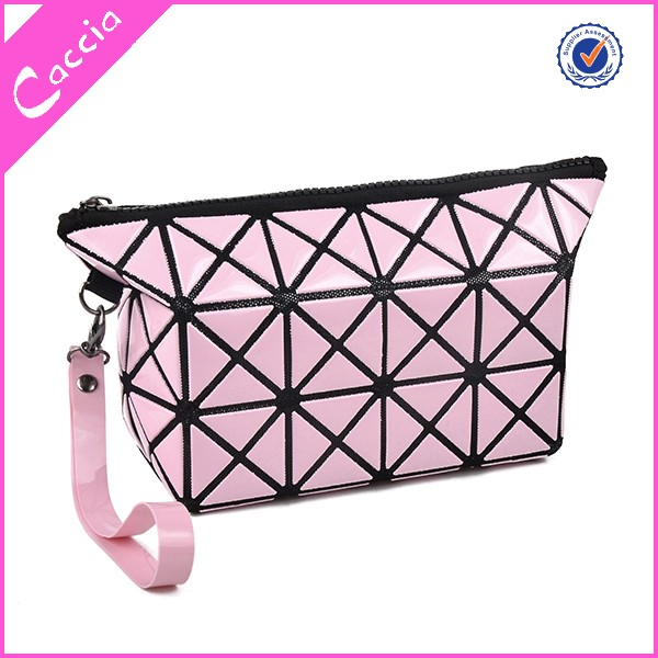2016 promotional beauty square PU cosmetic bag for travel
