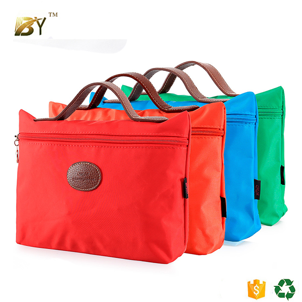Low MOQ Lady bags promotional Hanging foldable Toiletry Kit Travel Cosmetic Bag with Makeup case organizer