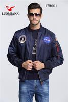 2017 Custom Man windproof warterproof bomber Jacket with applique design