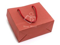 China Manufacturer Paper Material OEM Handmade Top Sale 100% Creative Customized Eco-friendly Recycled Gift Paper Bags