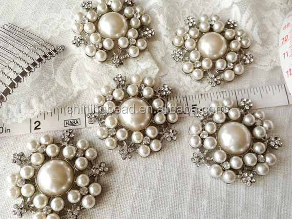 Elegant pearl rhinestone brooch for invitation cards