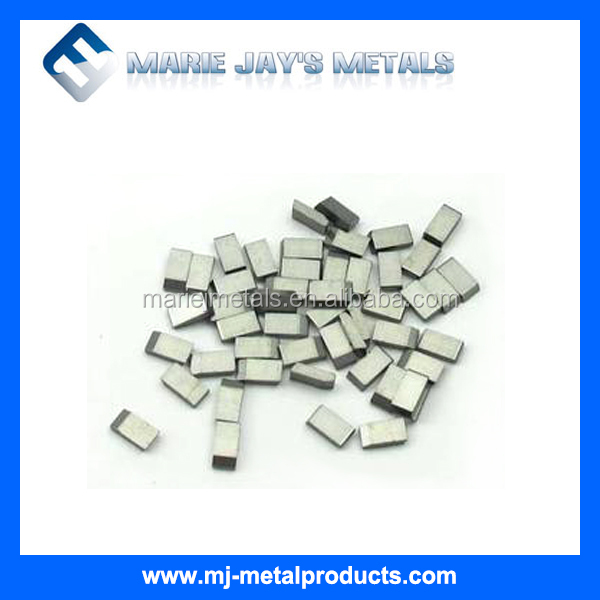 Tungsten carbide circular saw tips