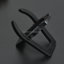 Plastic foldable tobacco smoking pipe stand