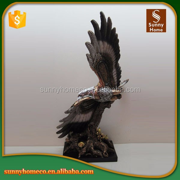 Eagle Statues Resin Crafts Sculpture Resin Animal Figurines For Home Decoration