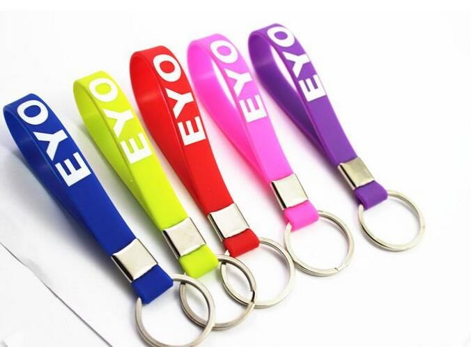 Silicone/Soft pvc /Rubber Material and Coin Holder Keychain