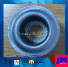 bearing housing and labyrinth seal for conveyor idler roller
