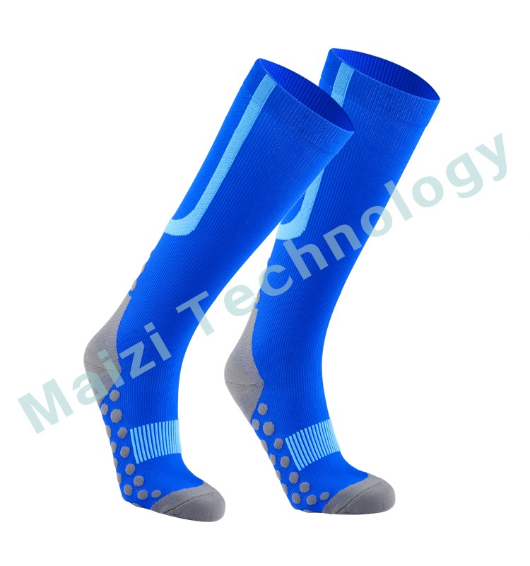 Compression sport sock with 3D dots FDA certificate