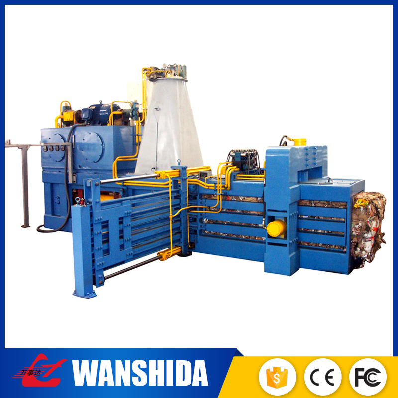 Small horizontal hand recycling used clothes and textile baling press machine