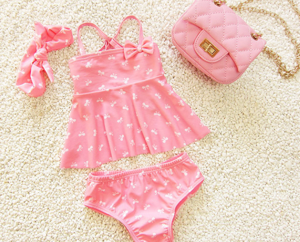 2016 new Korean children's hot spring bath swimsuit little girls sweet cute skirt split triangular swimwear