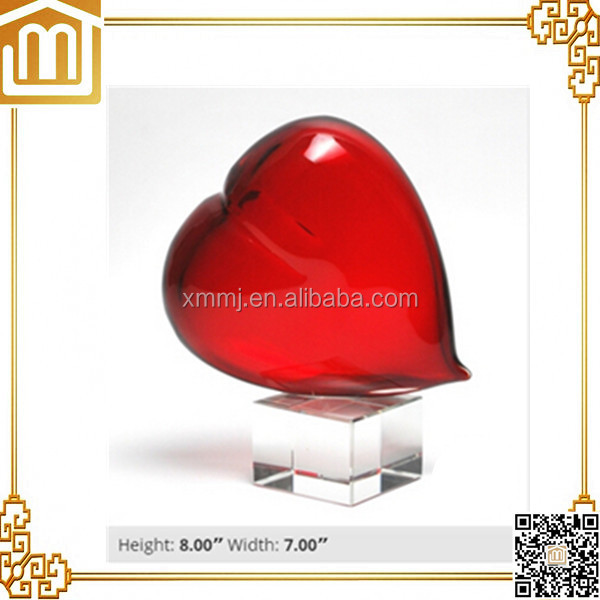 Moden hotel bedroom table top decoration blown art red murano glass hearts