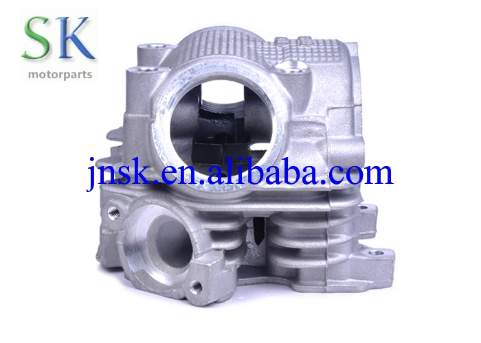 Made in China Motorcycle Cylinder Head Engine Parts RS100 for YAMAHA Scooter