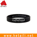 Made in China custom OEM design debossed embossed silkprint logo texts silicone rubber gift bracelet bangle wristband factory