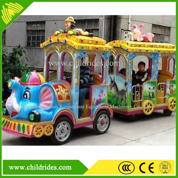 Amusement park electric train kids ride on train