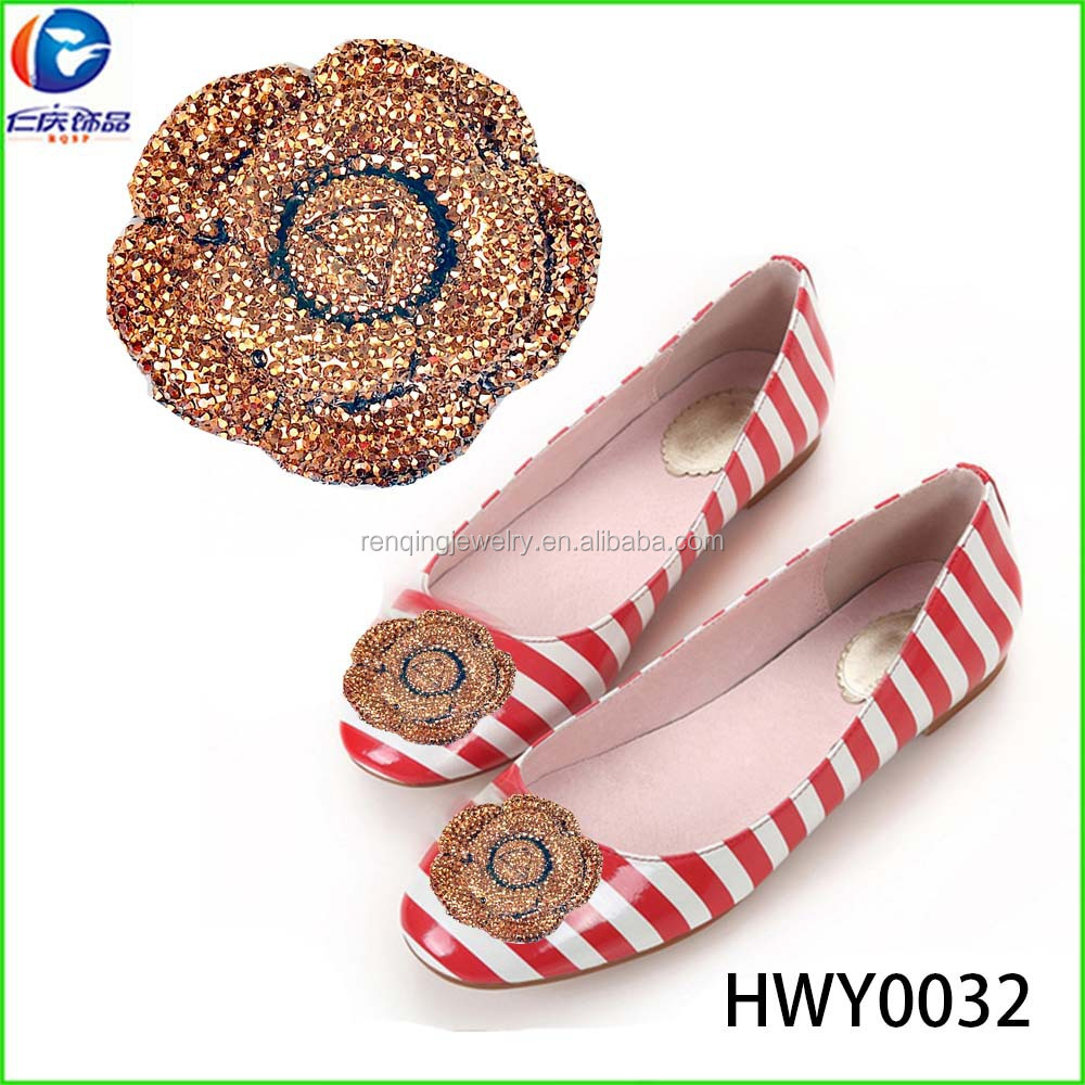 The colorful fashion vamp upper flower accessories plastic shoe clips for flat shoe