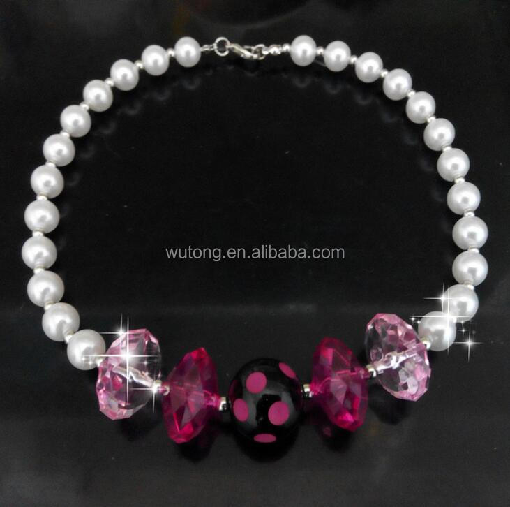 Simulated Pearls Chunky Necklace Girls Bubblegum Necklace pink Rhinestone Beads Necklace