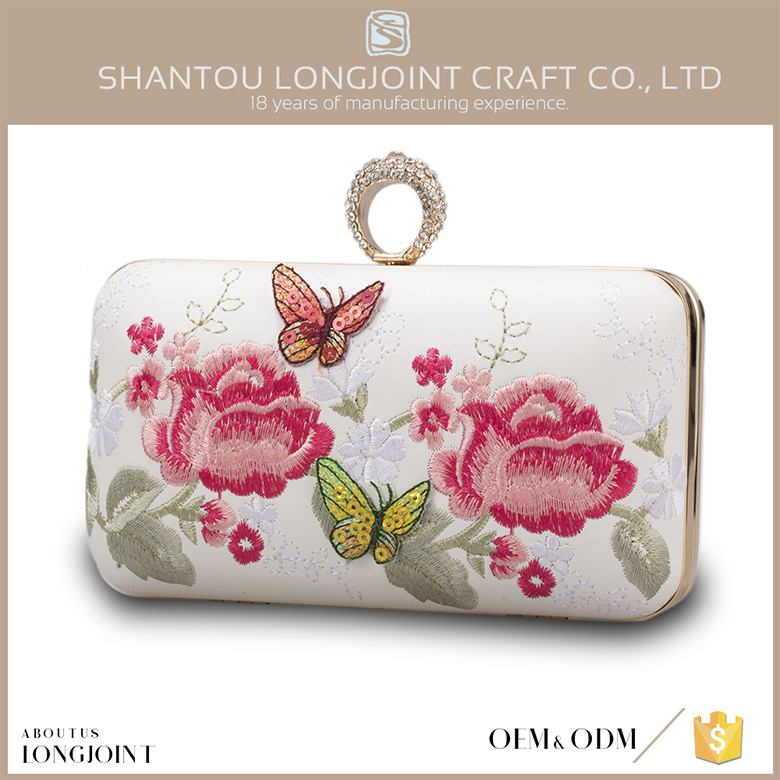 Flower retro style embroidery evening clutch bags
