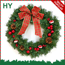 2017 Europe hot popular flocked artificial christmas wreaths