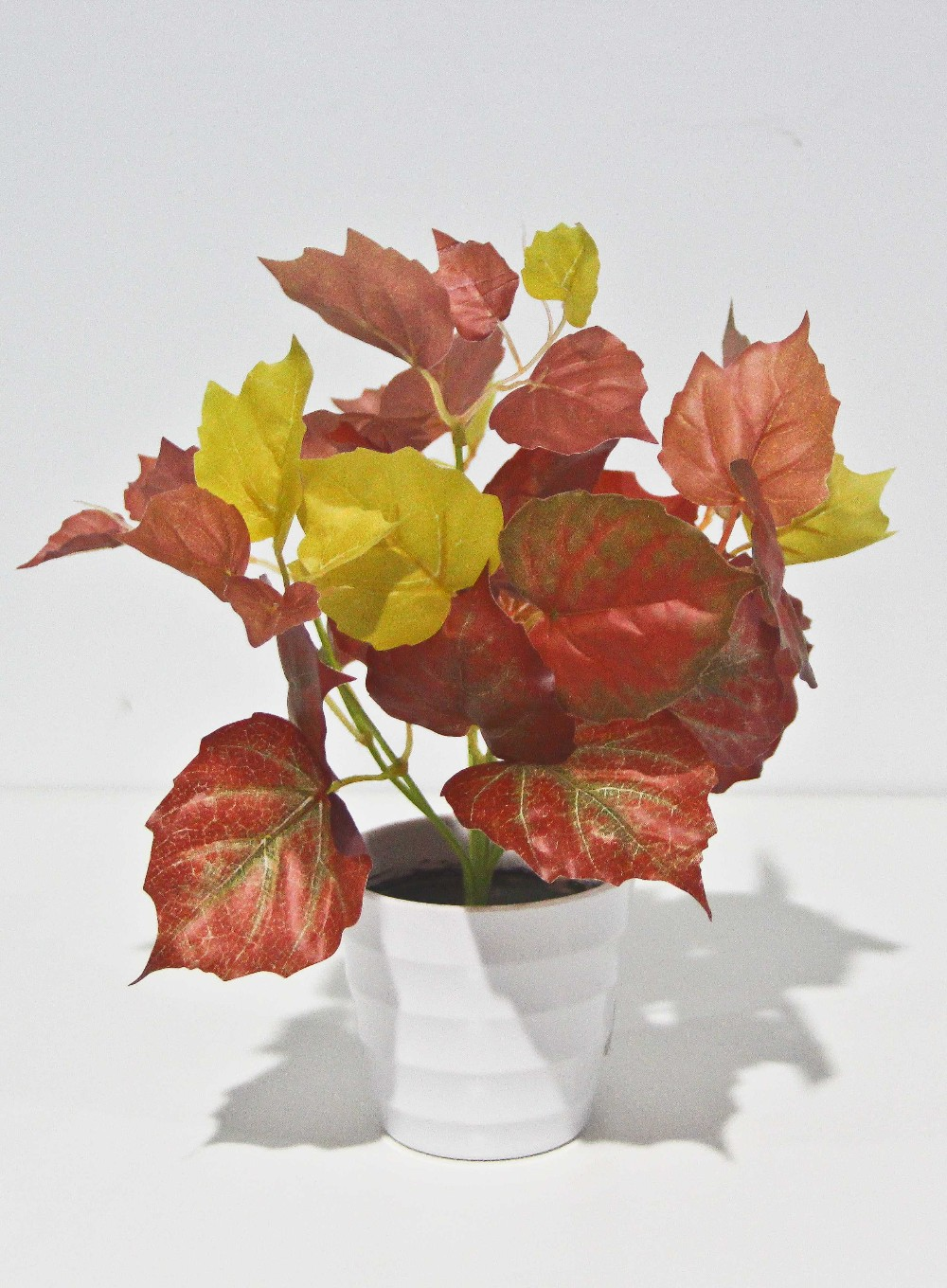 Artificial rose leaf shape silk artificial leaves