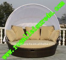 sell RLF-DBH-008 patio garden outdoor wicker synthetic PE rattan daybed set furniture