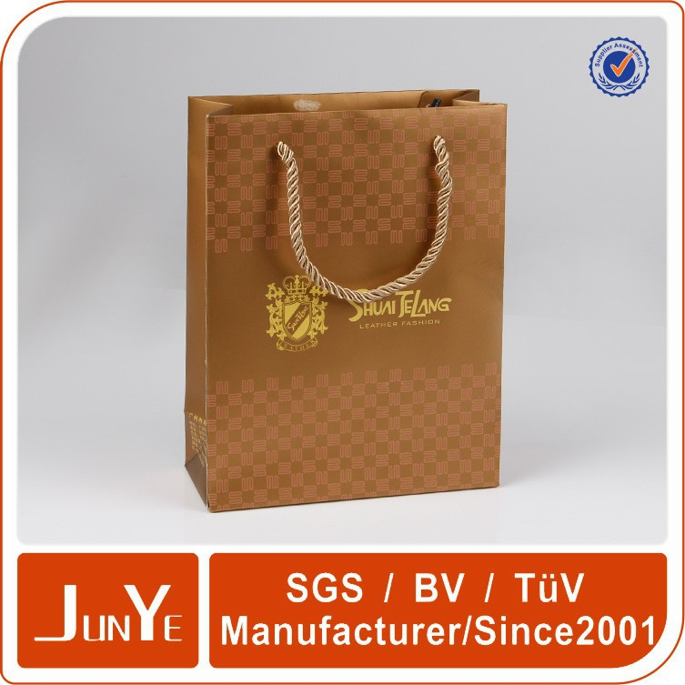 Hand Carry Gift Paper Bag For Children Clothes