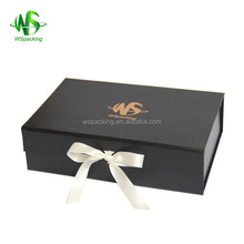 Easy delivery folding design flip top clothing packing cardboard box with magnetic catch