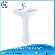 best selling toilet and pedestal sink with good quality