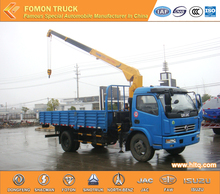 Best price Dongfeng 4*2 dump truck with crane 3.2tons straight arm mini crane truck