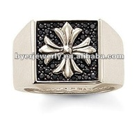 exquisite western style rings crest signet ring with deeply engraved pattern